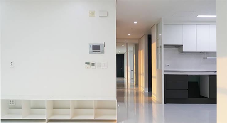 주상복합40평형인테리어: 디자인모리의  거실,