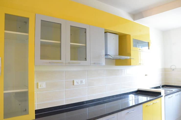 Indian Parallel Kitchen Design: asian Kitchen by Scale Inch Pvt. Ltd.