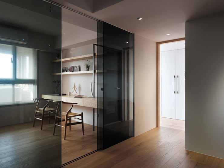 范宅|書房|:  書房/辦公室 by 璞延空間設計