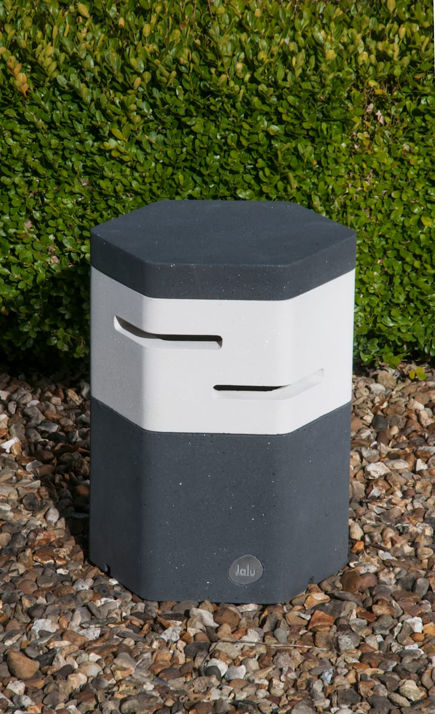 Holix I in Charcoal Lustre and Vanilla Ice:  Balconies, verandas & terraces  by Jalu Ltd