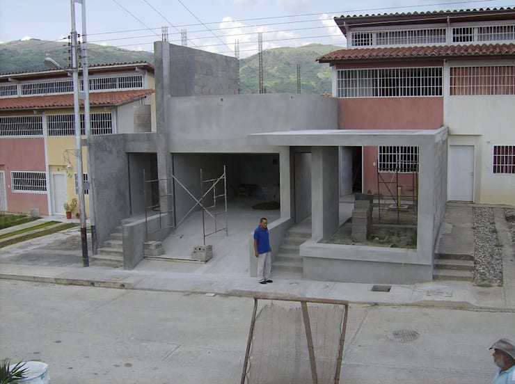 Avance de obra: Casas de estilo  por MARATEA Estudio