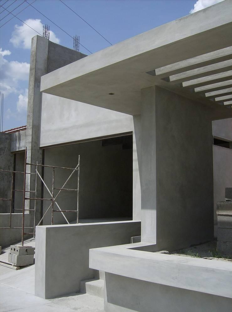 Avance de obra: Casas de estilo moderno por MARATEA Estudio