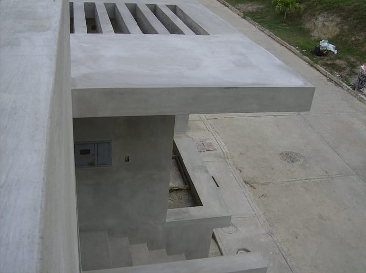 Avance de obra. Detalle del acceso: Casas de estilo  por MARATEA Estudio
