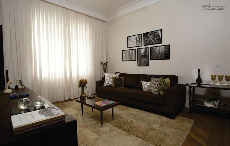 classic Living room by SET Arquitetura e Construções