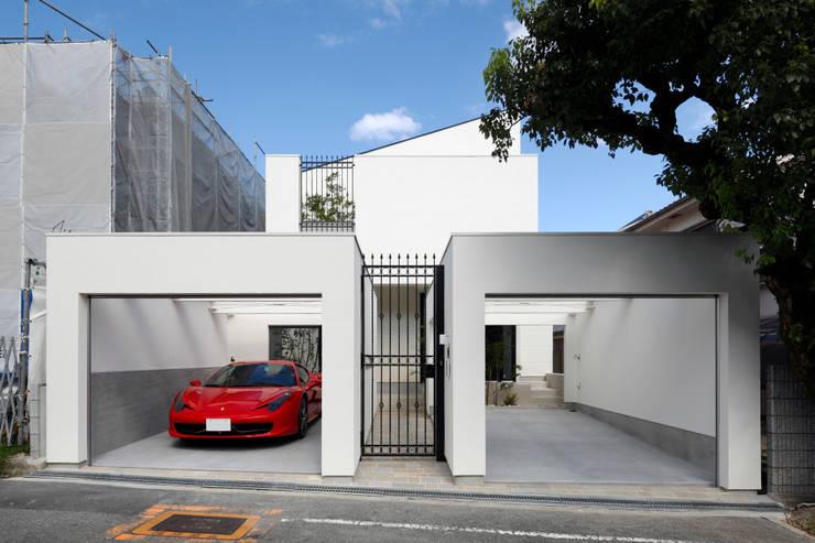 Casas de estilo  por 近藤晃弘建築都市設計事務所
