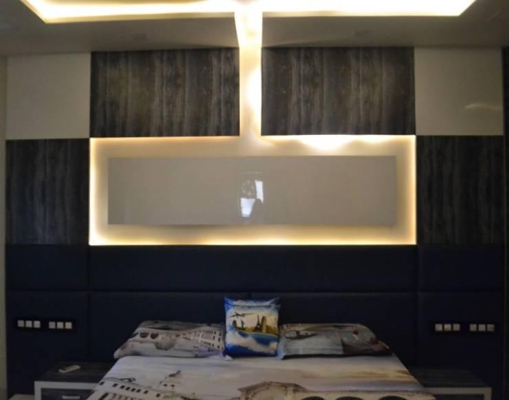 Apartment designed for Mr. Sanjay Kothari in Shahibuag: modern Bedroom by Sanchi Shah