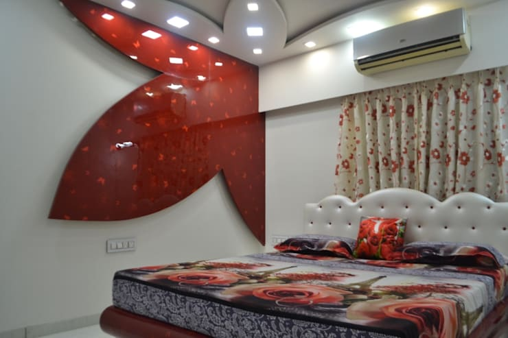Apartment designed for Mr. Sanjay Kothari in Shahibuag:  Bedroom by Sanchi Shah
