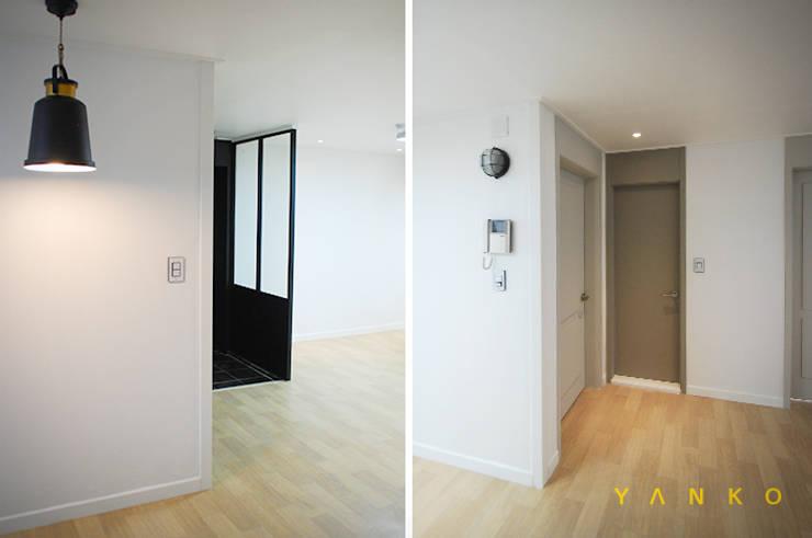 용인 수지 풍덕천 수지동부센트레빌 아파트 24평 인테리어, 리모델링: 얀코인테리어의  벽