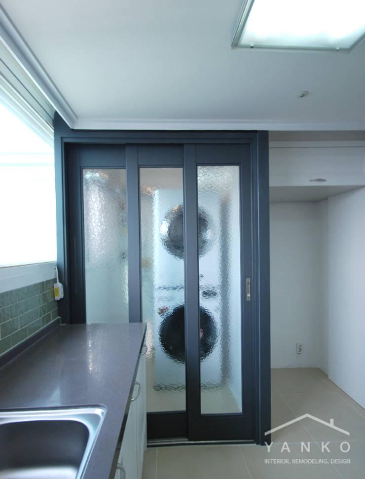 용인 보정동 죽전자이2차 아파트 32평: 얀코인테리어의  주방,모던