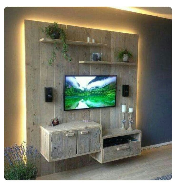 Pallet Wall Mount Unit:  Multimedia room by Pallet Furniture Cape Town