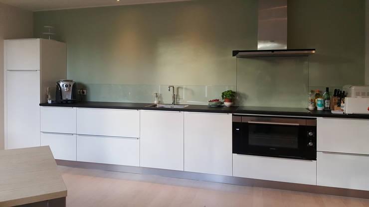 Foto 3 keuken:  Keuken door Anne-Carien Interieurarchitect