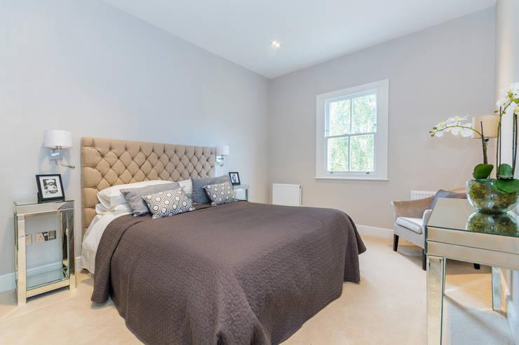 House Renovation Lysia Street, Fulham SW6:  Bedroom by APT Renovation Ltd