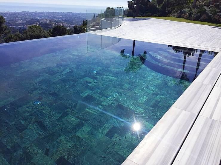 tout ce que vous devez savoir sur les piscines à débordement