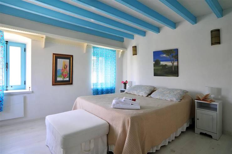 غرفة نوم تنفيذ Ebru Erol Mimarlık Atölyesi