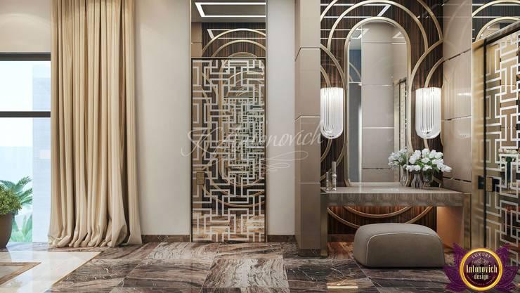 Modern Bedroom design ideas by Katrina Antonovich:  Bedroom by Luxury Antonovich Design