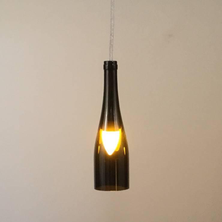 Hängelampe aus Treibholz:  Esszimmer von Meister Lampe