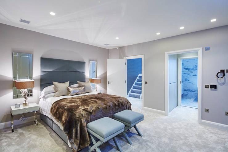 Wolverton Gardens, W6: modern Bedroom by APT Renovation Ltd