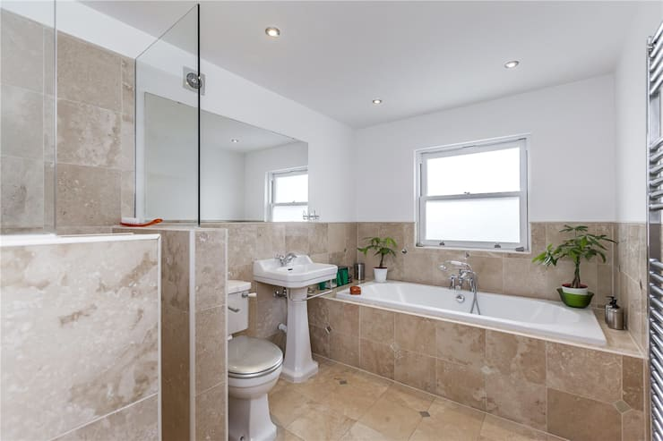 Chesilton Road, Fulham, SW6:  Bathroom by APT Renovation Ltd