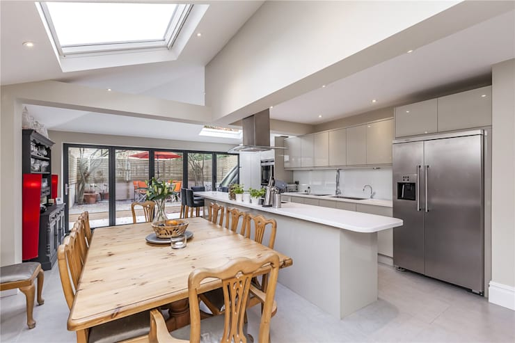 Chesilton Road, Fulham, SW6: modern Dining room by APT Renovation Ltd
