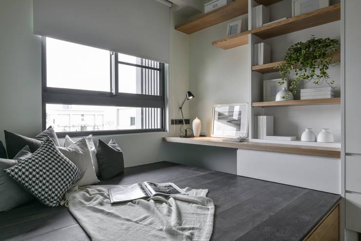 遊戲室:  臥室 by 存果空間設計有限公司
