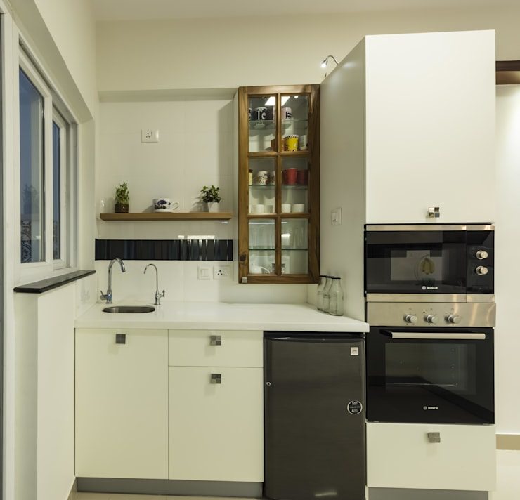 modern Kitchen by Nandita Manwani
