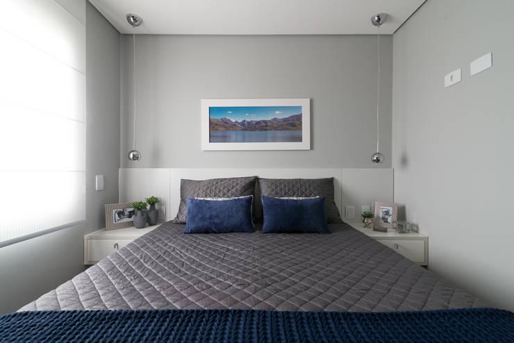 modern Bedroom by Danyela Corrêa Arquitetura