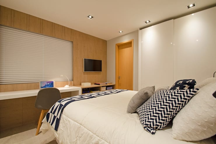 modern Bedroom by PKB Arquitetura