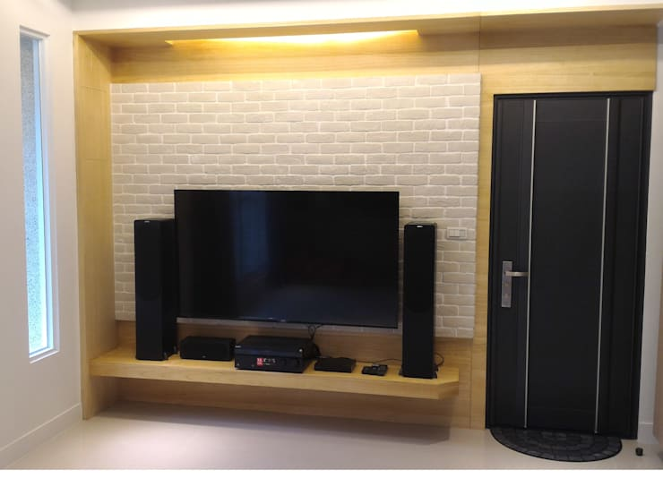黑色與鐵件的混合搭配 溫馨愜意宅:  視聽室 by 捷士空間設計(省錢裝潢)
