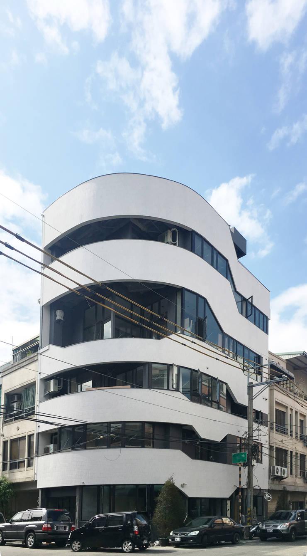 SOHO之家:  房子 by 行一建築 _ Yuan Architects
