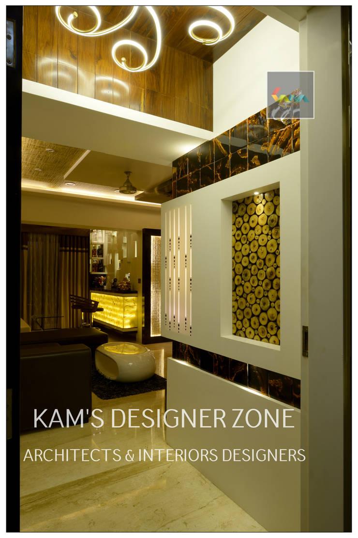 Home interior Design for Manish Thakkar:  Walls by KAM'S DESIGNER ZONE