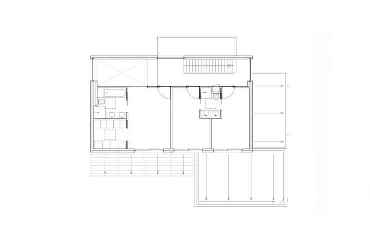 verdieping:  Slaapkamer door Studio Blanca, Modern