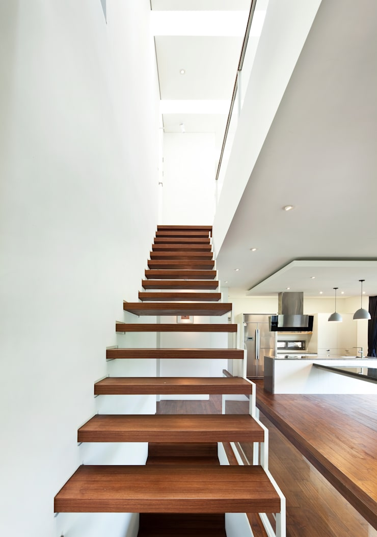계단: (주)건축사사무소 모도건축의  복도 & 현관,