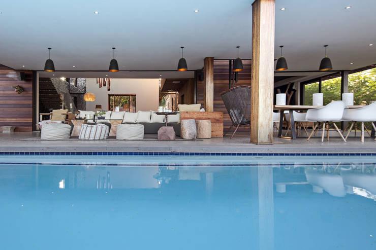 House Umhlanga:  Patios by Ferguson Architects, Modern