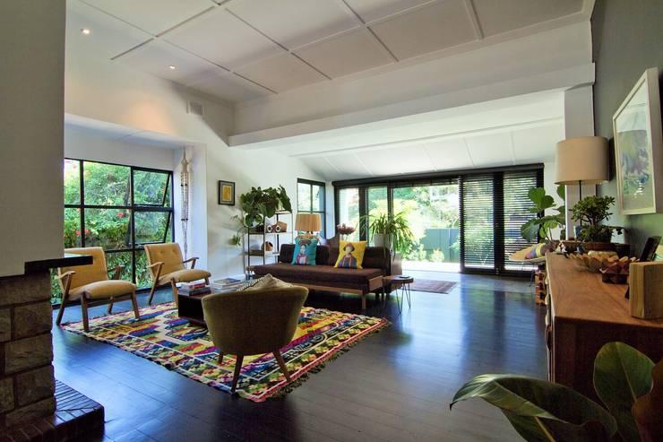 House Morningside:  Living room by Ferguson Architects