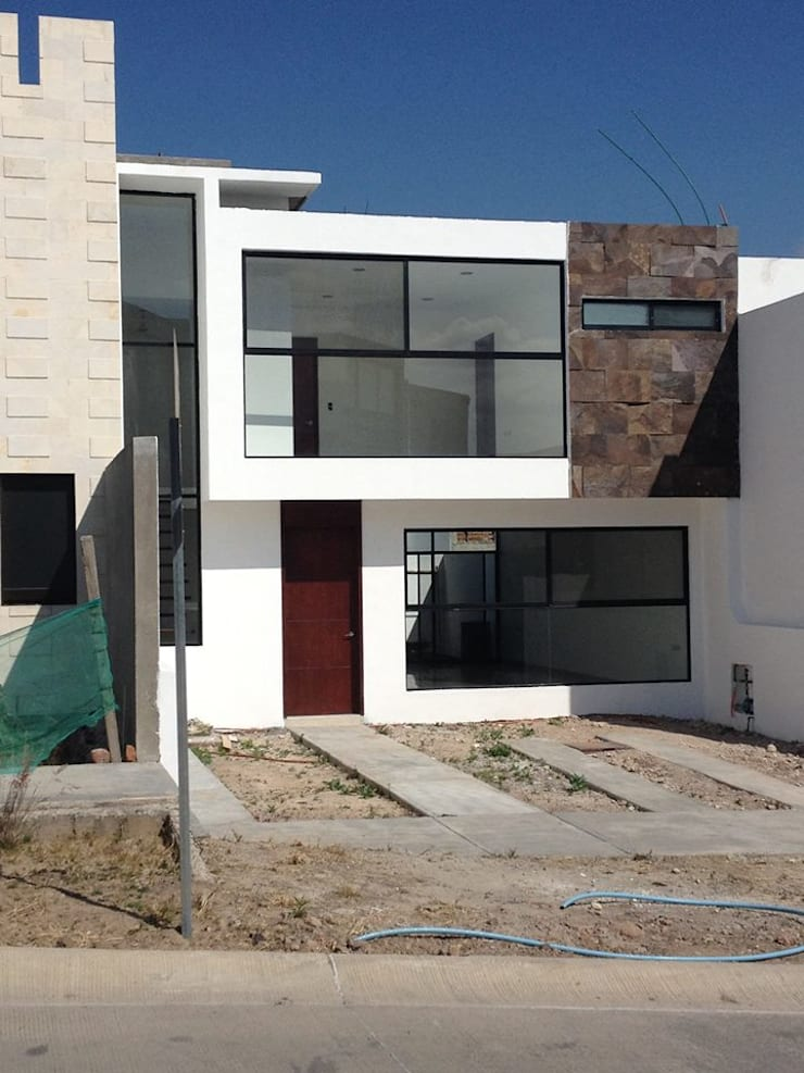 Casas de estilo moderno por ALVARO CARRILLO arquitecto