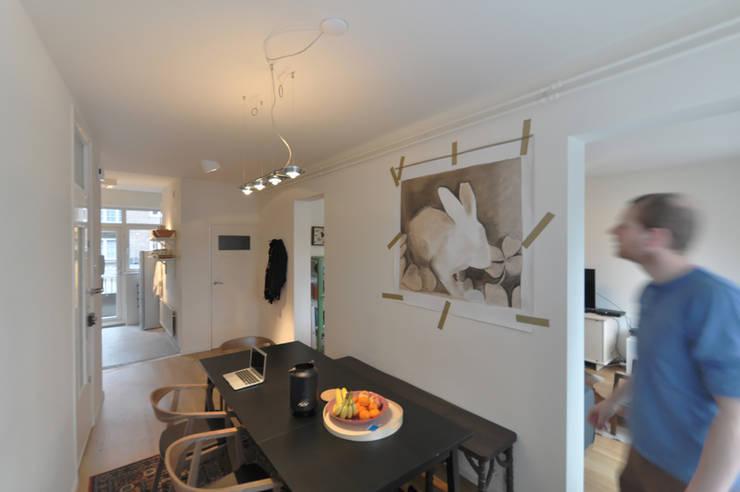 Stadsappartement:  Eetkamer door Marks - van Ham architectuur, Modern