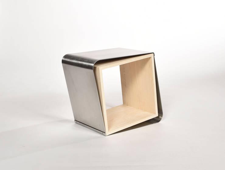 Kruk:   door Studio Bekkers, Minimalistisch Massief hout Bont