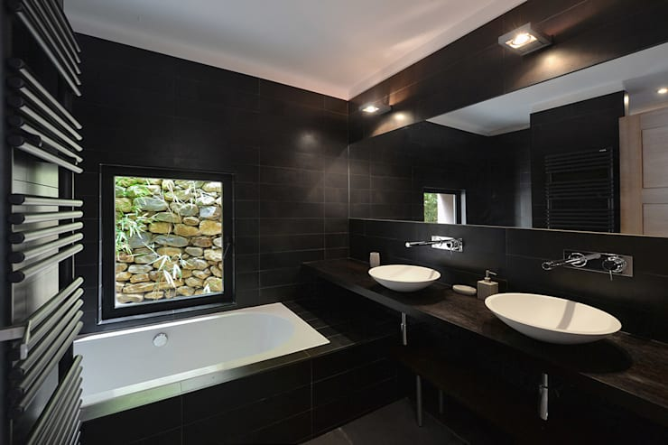 Baños de estilo  por Atelier Jean GOUZY