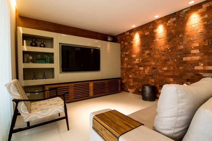 Apartamento Vila da Serra: Salas de estar modernas por Stark Arquitetura