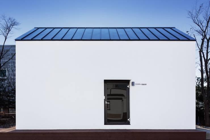 Pixel haus 픽셀 하우스 : 픽셀 하우스 Pixel Haus의  주택,