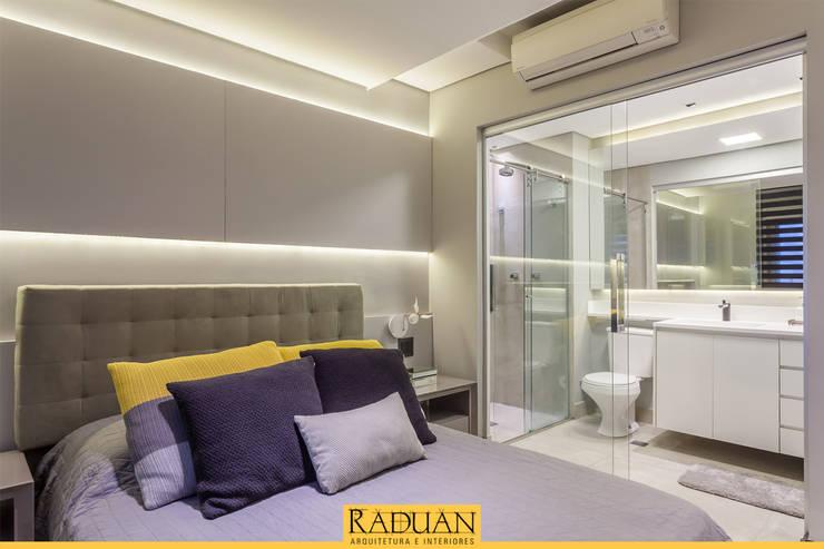 Recámaras de estilo  por Raduan Arquitetura e Interiores
