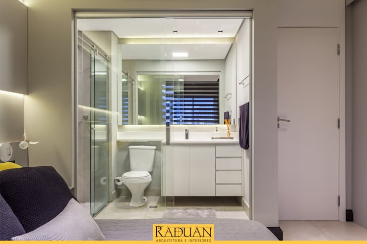 Projekty,  Łazienka zaprojektowane przez Raduan Arquitetura e Interiores