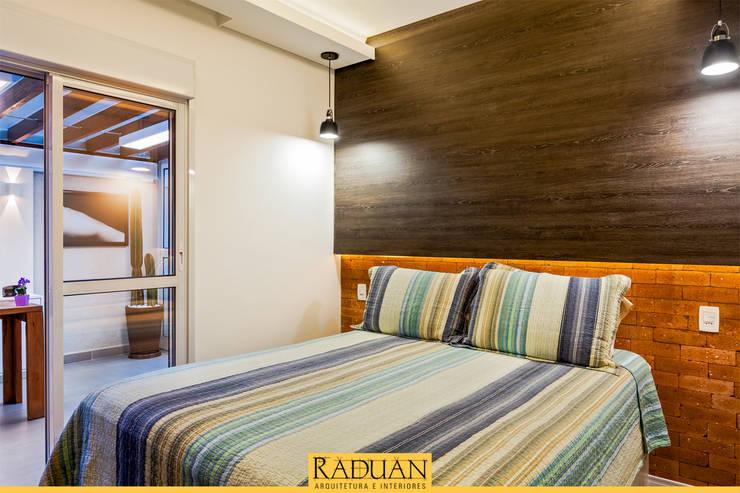 modern Bedroom by Raduan Arquitetura e Interiores
