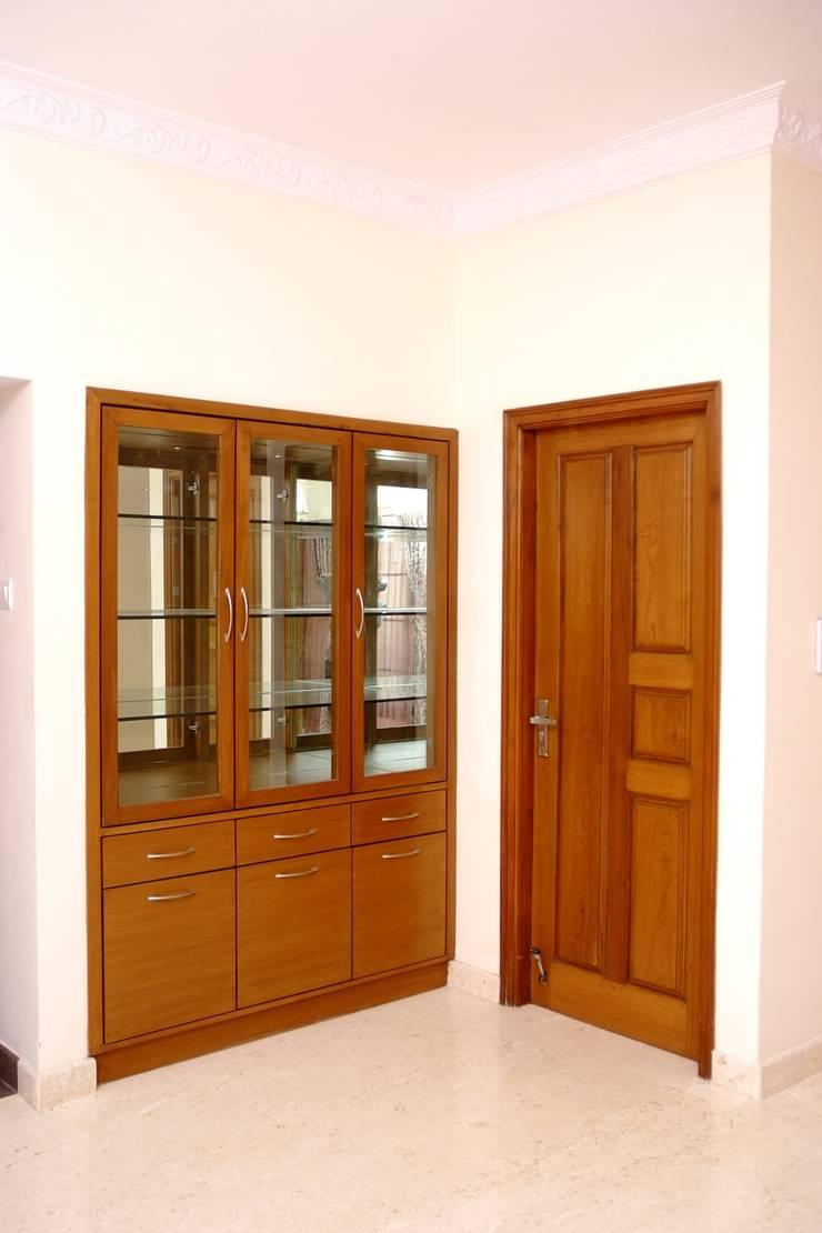Crockery Unit Online Bangalore:  Kitchen by Scale Inch Pvt. Ltd.