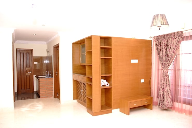 Living Room Furniture Online:  Living room by Scale Inch Pvt. Ltd.