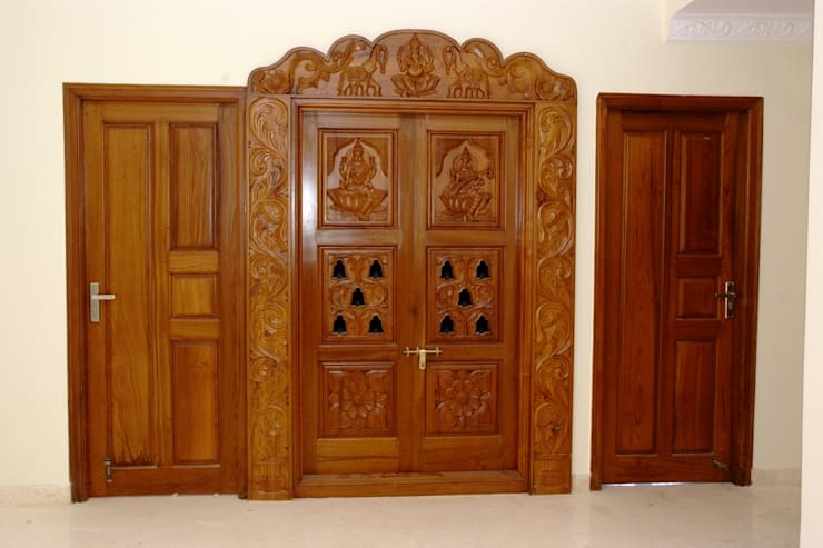 Wooden Pooja Mandir Online Shopping:  Living room by Scale Inch Pvt. Ltd.