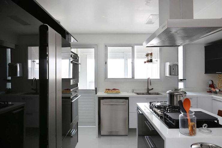 Projekty,  Kuchnia zaprojektowane przez Antonio Armando Arquitetura & Design