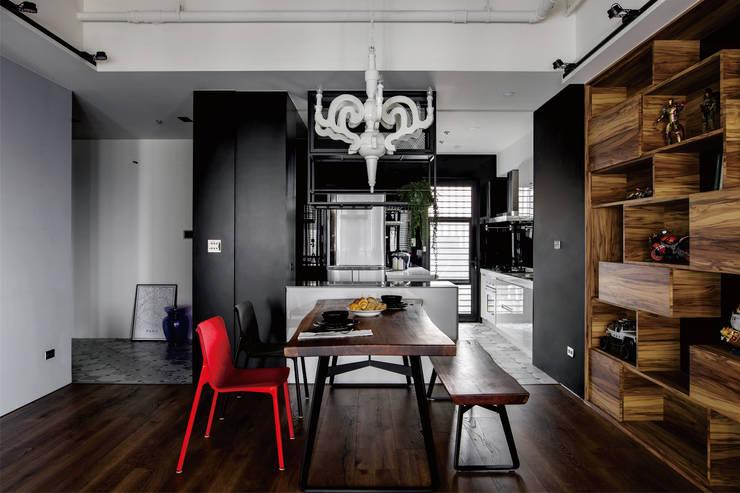 Cocinas de estilo  por 釩星空間設計