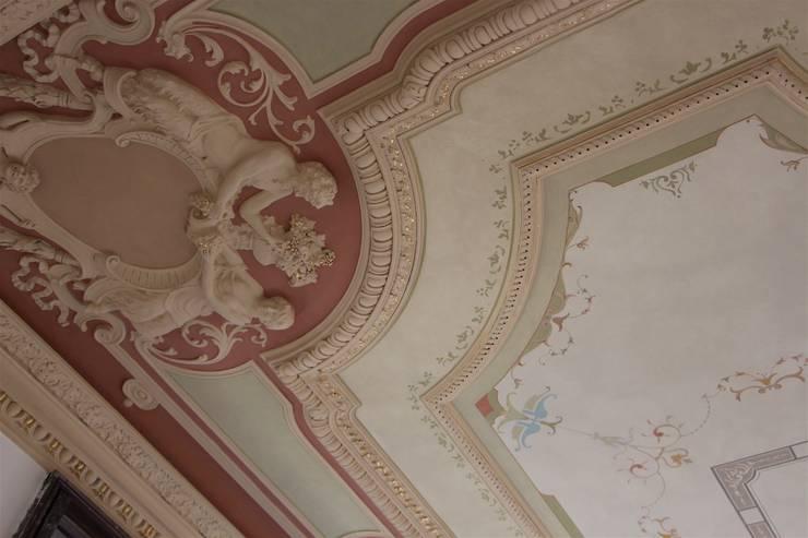 Soffitto restaurato di colori nel tempo decorazioni - Decorazioni pittoriche ...