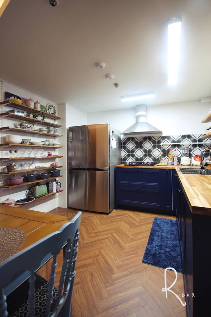 ห้องทานข้าว โดย 로하디자인, คันทรี่ ไม้ Wood effect